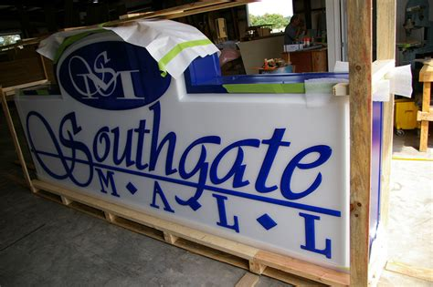 lighted box signs wholesale wholesale aluminum illuminated extruded sign cabinets