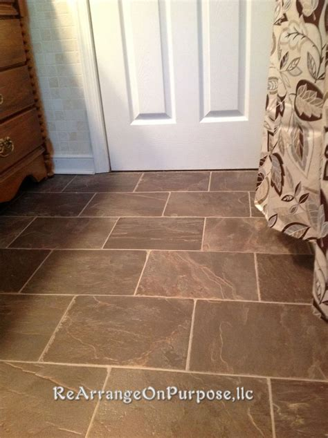 linoleum wood flooring 25 best ideas about linoleum flooring on linoleum kitchen floors vinyl wood