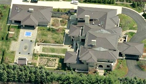 Real Estate Lebron James Miami House Puny Compared To Ohio Compound Gossip Extra