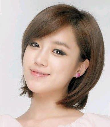 model rambut pendek wanita oval