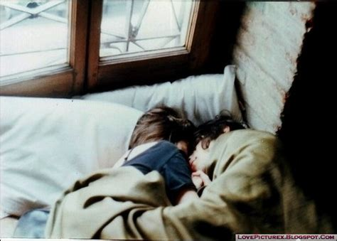 cute couples in bed cute couple sleep bed hugs lovers lovepicturex