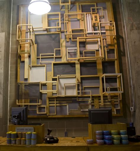 store layout features urban outfitters visual merchandising store design 10