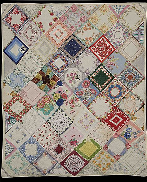 quilt pattern using handkerchiefs handkerchief quilt beautiful vintage doilies