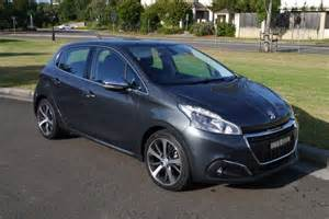 Www Peugeot 208 2016 Peugeot 208 Review The Wheel