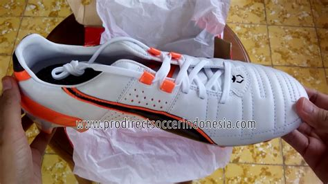 Sepatu Bola King sepatu bola king ii fg white black fluo orange 103147 02 original