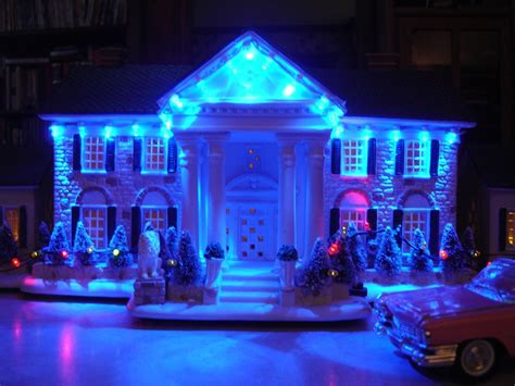 graceland memphis christmas lights elvis presley graceland at christmas village lighted