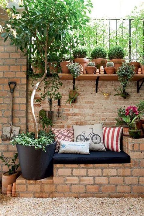 objetos para decorar jardines 15 proyectos diy para decorar el jard 237 n con objetos