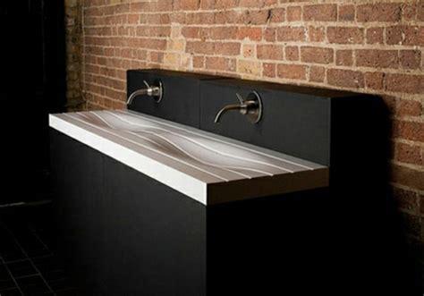 badezimmer ideen steinwand moderne waschbecken bilder zum inspirieren