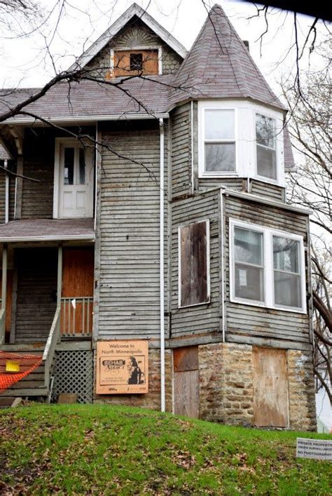 1522 hillside ave n minneapolis 17 best images about nicole curtis rehab addict on