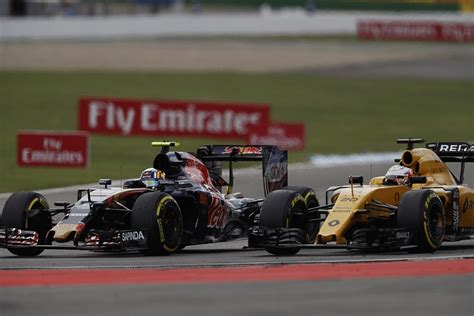 renault s interest in 2017 f1 deal an honour carlos