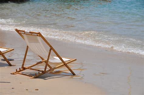 chair sea shore  photo  pixabay