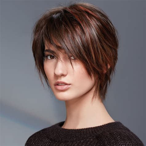 suite des coiffures coupes courtes tendances automne - Coiffure Hiver