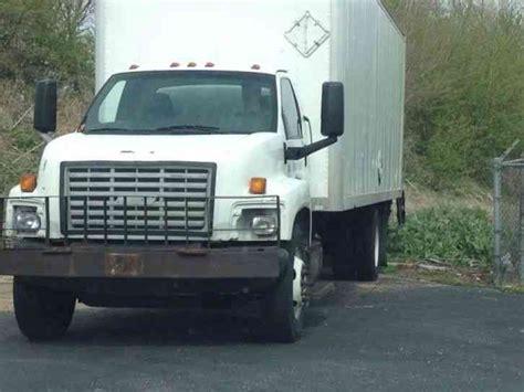 gmc c6500 2004 box trucks