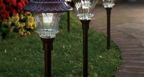 illuminazione esterna da giardino realizzare l illuminazione per esterni illuminazione da