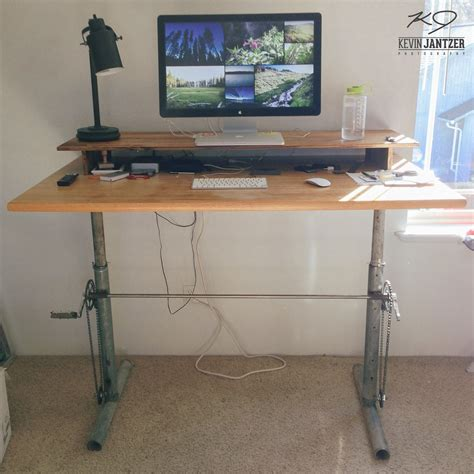 Diy Adjustable Standing Desk For Under 100 Cosas Diy Ergonomic Desk