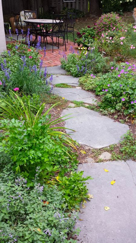 inexpensive stone walkways  types