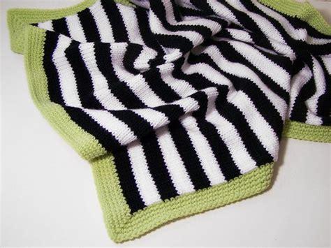 black and white baby blanket knitting pattern love this modern baby blanket in black and white stripes
