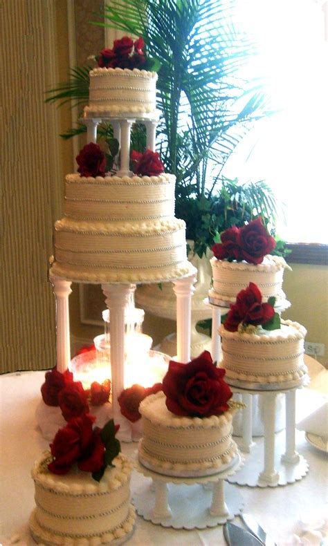 Rose stairs wedding cake design   Wedding Cakes