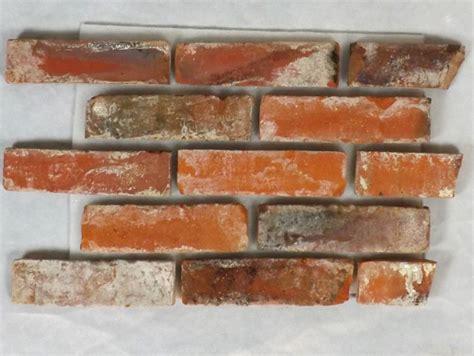deko backsteine alte mauer antik retro riemchen verblender klinker ziegel