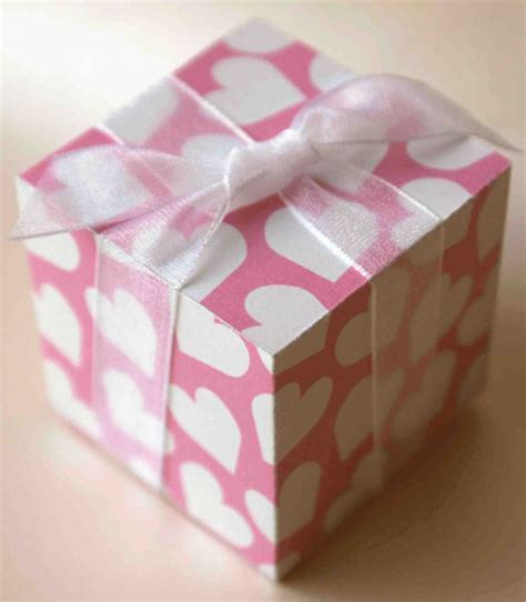 20 Amazing Valentine?s Day Gift Boxes Ideas 2013 For Girl