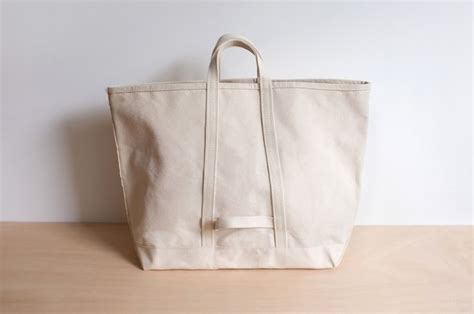 Guideboat Company by Object Lessons The Classic Canvas Tote Remodelista