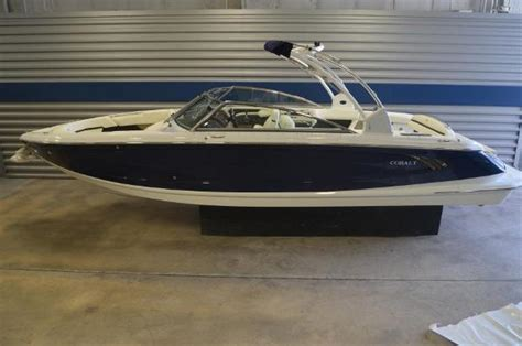 cobalt 2017 boats 2017 cobalt boats a28 29 foot 2017 cobalt motor boat in