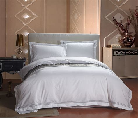 Set 1859 White 4 new 4pcs european five hotel bedding sets luxury white stripes comforter set king size bed