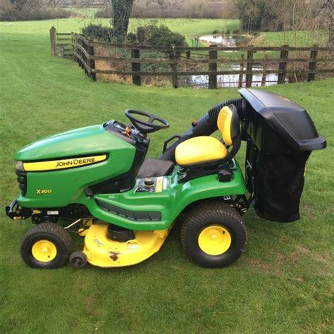 deere patio tractor deere x300 ride on mower lawn tractor bertie green
