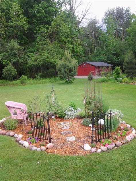 Small Memorial Garden Ideas Memorial Garden Ideas Images Photograph Jpg 1 200 215 1