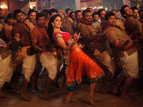 film india vulgar katrina kaif turns vulgar in chikni chameli filmibeat