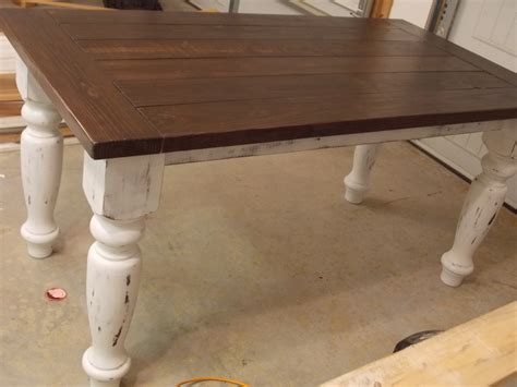 white turned leg farmhouse table diy projects