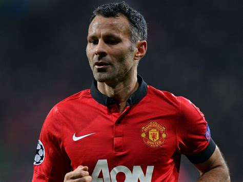 Miniatur Giggs Manchester United Soccerwe giggs his career in pictures as the manchester united legend hits 40 the independent
