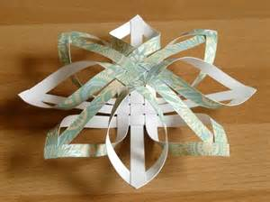 how to make a star christmas tree ornament step by step making christmas decorations easy 3d stars baubles and