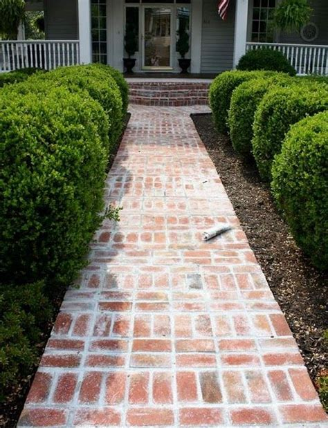 Design Ideas For Brick Walkways 25 Best Ideas About Brick Walkway On Pinterest Brick Pathway Brick Walkway Diy And Brick Garden