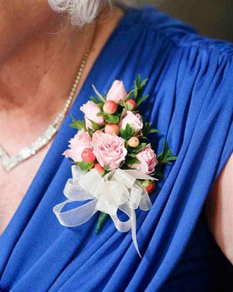 bridal bouquet for beach wedding – 20 Beach wedding bouquet ideas   Seashells and flowers