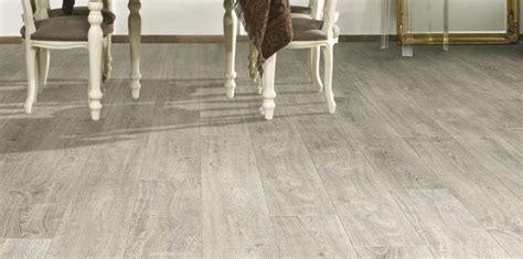 laminati per pavimenti prezzi laminato per pavimenti bello e pratico mostra mucha