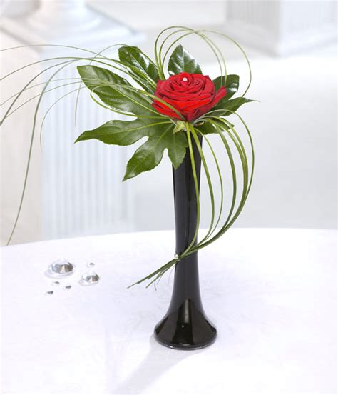 simple flower arrangements full of ideas and surprises talk with flowers