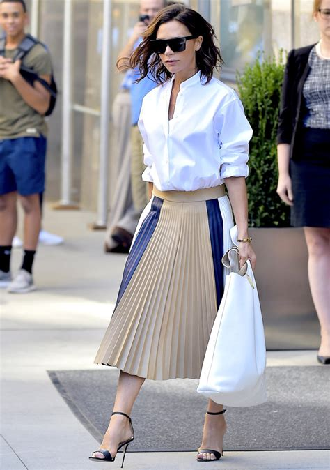 Shirt Pleated Skirt beckham s wears white shirt and pleated skirt in