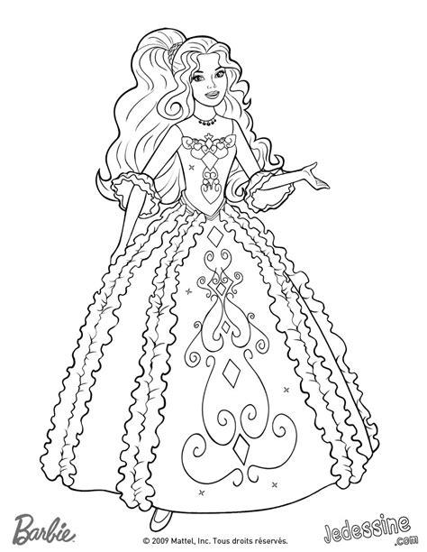 Coloriages coloriage de renée dans sa belle robe - fr