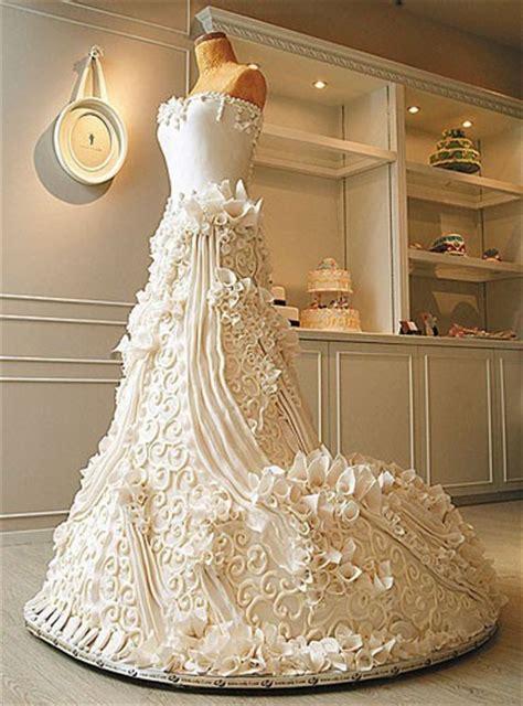dress cake foodista stunning wedding dress cake