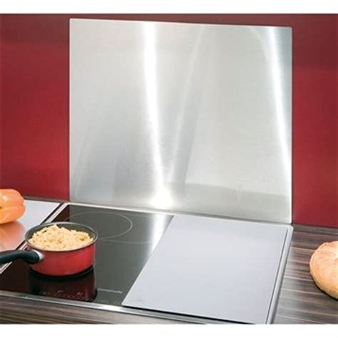 protection mur cuisine plaque murale cuisine table de cuisine