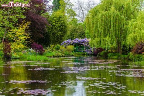 monet il giardino il giardino d acqua di casa monet a giverny foto