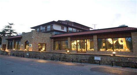 apartamentos turisticos talaimendi apartamentos turisticos talaimendi alojamientos y surf en