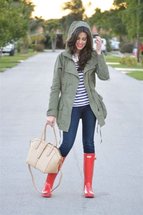 outfit ideas    wear  work   raining