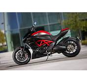 Top Motorcycle Wallpapers 2011 Ducati Diavel Carbon First Look