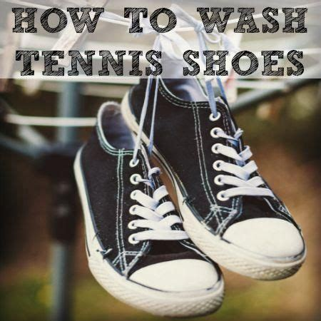 best way to clean athletic shoes how to clean athletic shoes 28 images 1000 ideas about