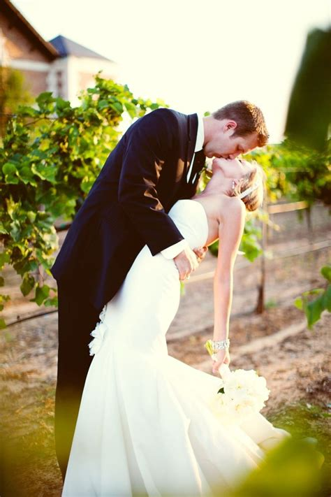 wedding poses on pinterest wedding pictures wedding 55 best images about wedding photo poses on pinterest