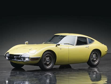 toyota old cars 1967 toyota 2000gt most expensive asian car ever sold at
