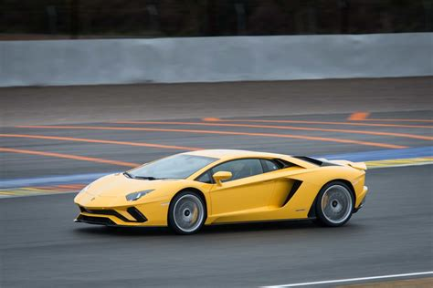 lamborghini aventador 2018 2018 lamborghini aventador s drive review