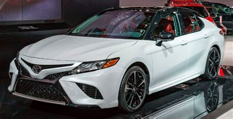 build my toyota camry 2017 toyota camry buyer s guide kelley blue book